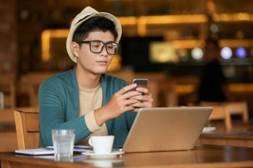 Social Media Post Designs - Grab Attention in 2 second